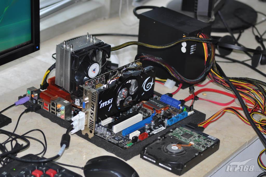 电脑主板华硕电源线路连接图解